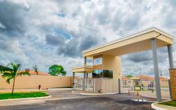 Alugo Casa em Condomínio 02 Quartos/ Valor com Energia Solar e Condomínio Inclusos