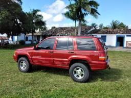 Cherokee Laredo 4x4