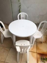 Título do anúncio: Jogo de mesa desmontável + 4 cadeiras
