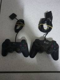 Lote dois controles de playstation Knup no estado.