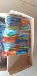 Canetas coloridas  tenho 27 pacotescc 4 em cada.