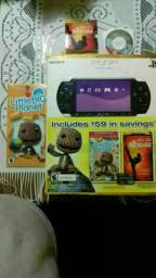 PSP SEMINOVO C CAIXA MANUAL JOGO e filme Originais R $350 (5x 80)