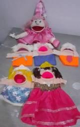 Conjunto de fantoches de mão