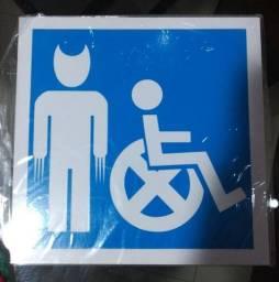 Título do anúncio: Placa Decorativa Cadeira X