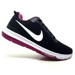 Tênis Feminino Nike Zoom Racer