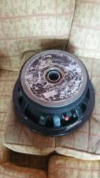 Troco alto falante eros 600rms em bateria de mais de 100amp