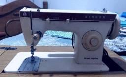 Máquina de Costura Singer Super Zig Zag C247