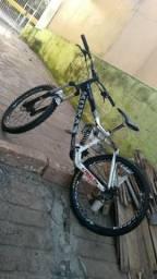 Kona Bicicleta de Trilha