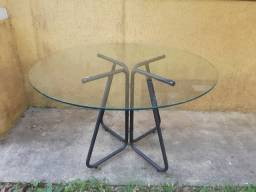 Mesa com tampo de vidro - 1,20 de diametro