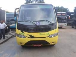 Microonibus mercedes 915 ano 2011/12 - 2011