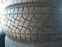 Um pneu 245 70 16 seminovo