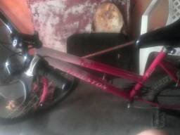 Vendo essa bicicleta semi nova