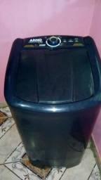 Vendo ou troco por celular essa linda máquina de lavar 8 kg