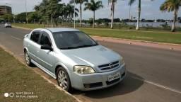 Astra 2.0 hatch automático - 2010