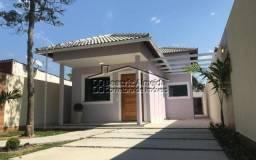 Casa de 3 quartos, sendo 1 suíte, muito bem localizada em Itaipuaçu