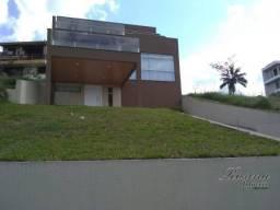 Linda casa no Condomínio Itamaracá