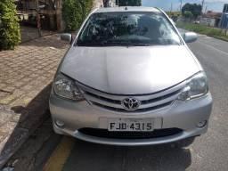 Toyota Etios HB XS 1.3 2013/2013 - 2013