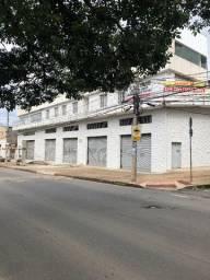 Loja exclusiva com 1250 m² no Barreiro
