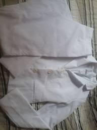 Vendo conjunto de blazer e calça brancos tam P