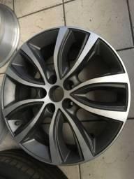 Roda Fiat Toro aro18 original não é réplica unidade valor mínimo consulte o jogo