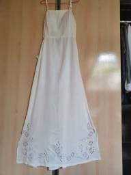 Vestido longo branco novo bordado em rechillieu