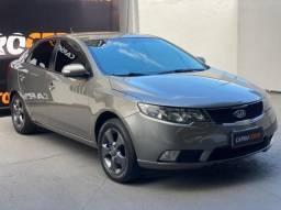 Kia Motors Cerato 1.6 16V Mec. 2010 Gasolina