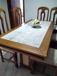 Conjunto mesa e buffet