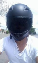 Super capacete esportivo com viseira fumê especial