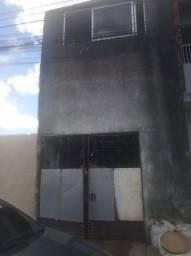 Casa no jereissati 1 - Bem Localizado