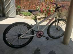 Título do anúncio: Vendo bike bem conservada