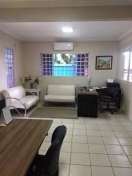 Título do anúncio: Casa à venda, 330 m² por R$ 540.000,00 - Setor Castelo Branco - Goiânia/GO
