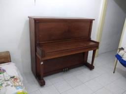 Título do anúncio: Piano acústico usado