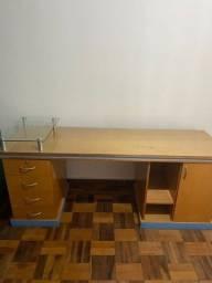 Título do anúncio: Mesa madeira 1,20m x 0,50m