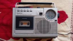 Radio Gravador 1980 Sanyo - parou de ligar