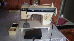 Maquina de costura Singer 3930 Facilita  Master