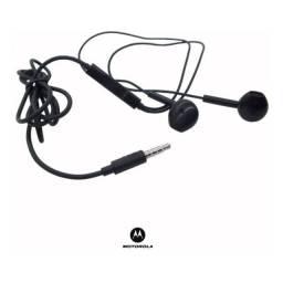 Título do anúncio: Fone Motorola original novo Moto E7 plus, compatível todos modelos,NOVO/ACEITO