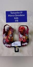 Calçados infantis novos