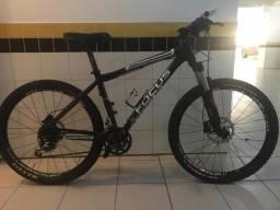 Mountain Bike Focus Black Forest (aro 26, usada)