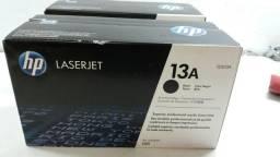Toner HP original na caixa 13A