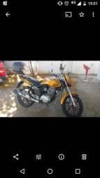 Vendo Moto Honda - 2013