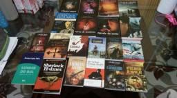 Vendo 20 livros 160 reais