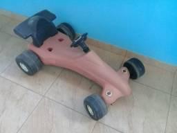 2 carros infantis pedal