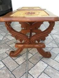 RARIDADE: Conjunto mesas talhadas de madeira maciça