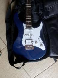 Guitarra Stratocaster Yamaha Pacifica 012 pouquíssimo usada.