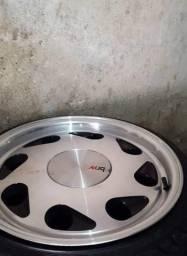 Rodas Pingo d água aro 17 Pneus 165/45 17 Landsail Td zero sem uso