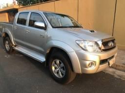 Toyota Hilux 4x4 Srv - 2010