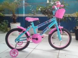 R$ 360,00 À Vista Bicicleta Aro 16 Feminina C/ Adesivo da Frozen (leia a descrição)