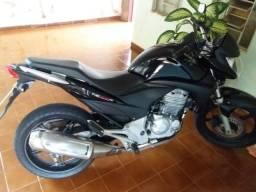CB 300R 2010 Novíssima - 2010