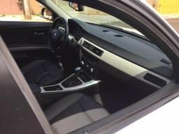 BMW 318 carro sport - 2012