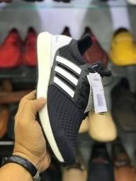 81db69c92c Tênis Adidas Ultra Boost Importado